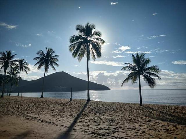 Casa à 300 metros da praia martin de sá - caraguatatuba