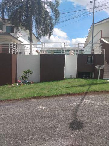 Casa de alto padrão em condomínio em mogi das cruzes