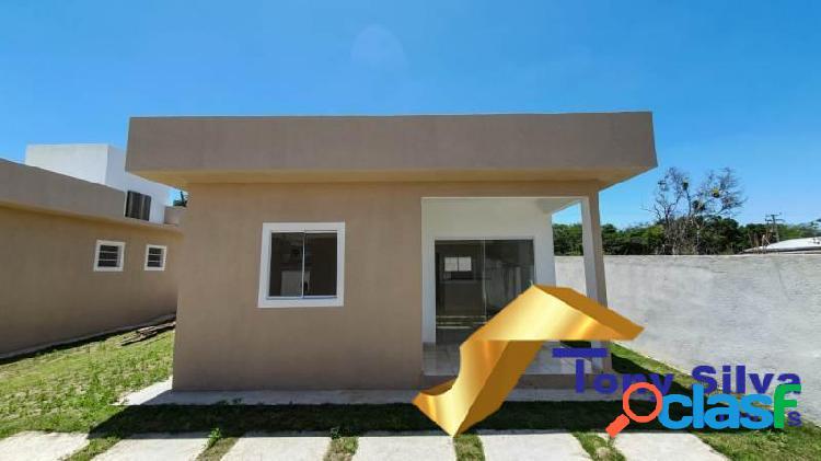 Lindas casas lineares em condomínio com suíte em cabo frio !!!