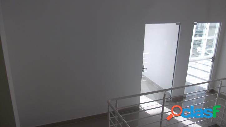 Sala comercial a venda, no centro de campos novos sc