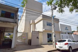 Aluga-se apartamento semimobiliado em maringá – zona 07