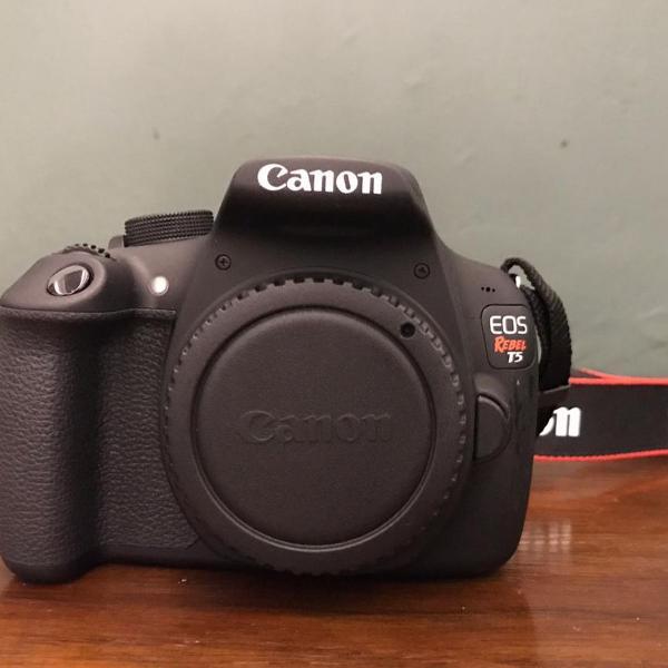 Maquina fotográfica seminova canon