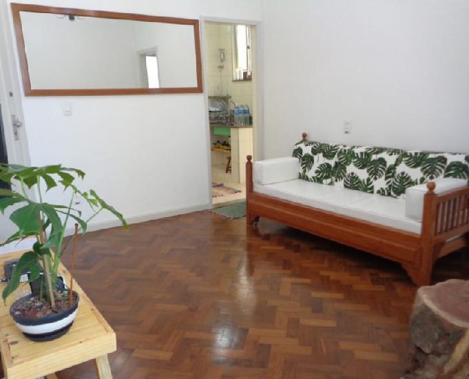 Apartamento, 2 quartos, mobiliado, reformado, metrô