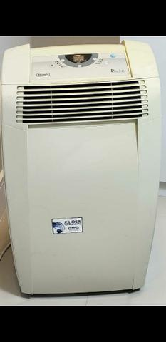Ar condicionado portátil delonghi 10.500 btus frio branco -