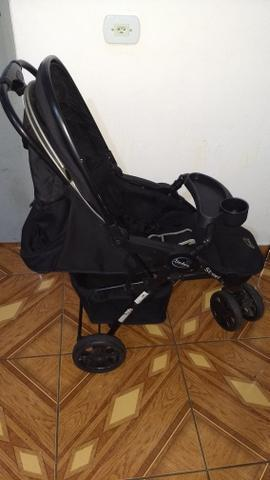 Carrinho de bebê dobrável com bebê conforto