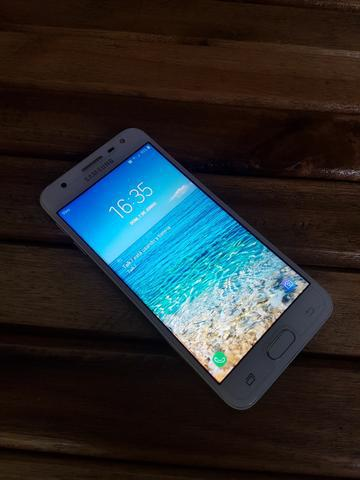 Samsung galaxy j5 prime.