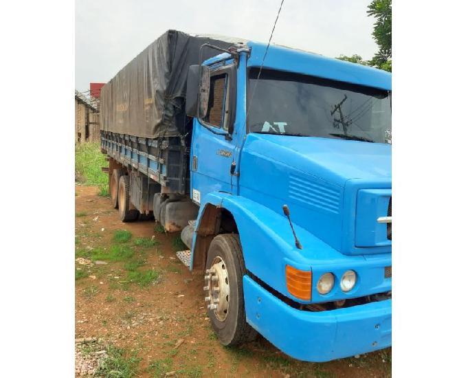 Caminhão truck mercedes benz 1620 ano 2003