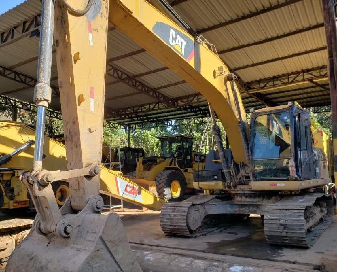 Escavadeira caterpillar 320 d2l ano 2017 dispomos de 2 un