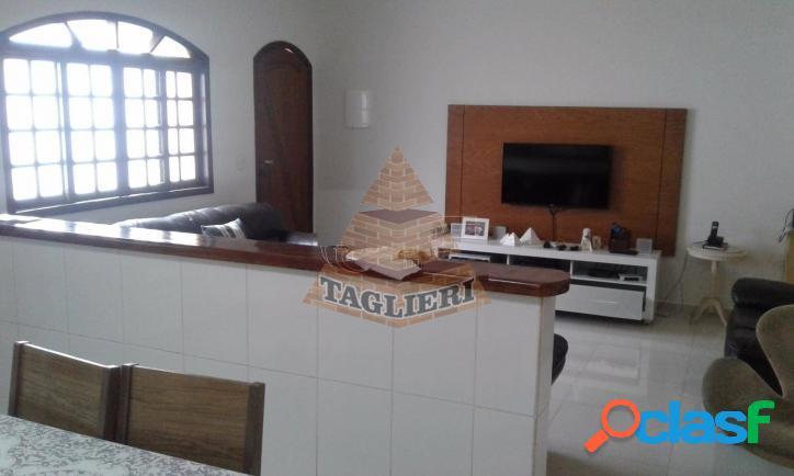 Casa térrea 2 dormitórios (1 suíte), 3 vagas churrasqueira t