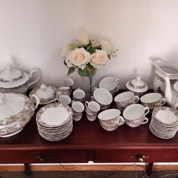 Sopeira e jogo de chá e café porcelana real brasil