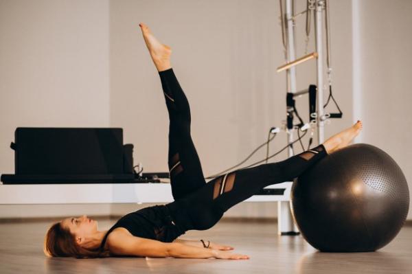 Clinica de fisioterapia e estúdio de pilates em santo
