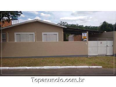 Duas casas no mesmo terreno.dois dormitórios