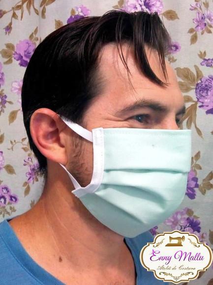 Máscara tripla tradicional lavável
