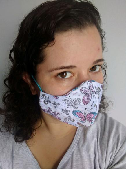 Máscara de Tecido Duplo Reutilizável com elástico roliço