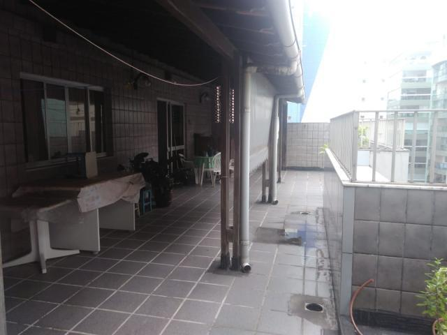 Murano imobiliária aluga cobertura com 4 quartos na praia
