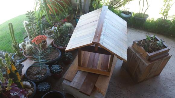 Casa comedouro pássaros silvestres madeira maciça