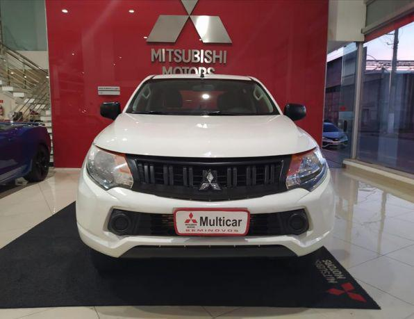 Mitsubishi l200 triton outdoor 2.4 flex 16v cd mec. diesel