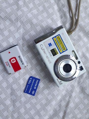 Câmera Sony Cyber Shot 7,2 Mega Pixels