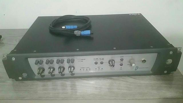 Placa de áudio profissional digidesign 002 muoto conservada