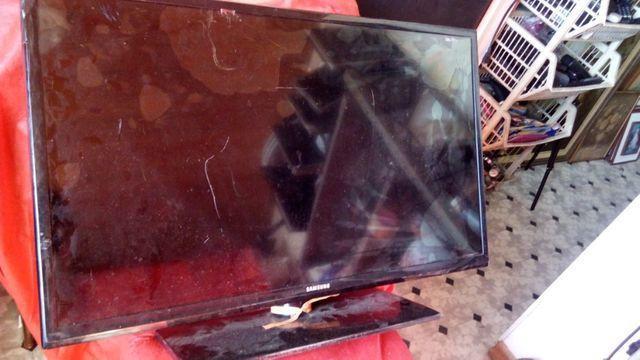Tv para retiradas de peças