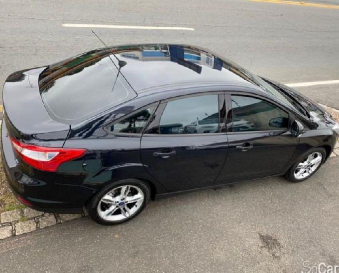 Ford focus sedan se 2.0 at flexone p.shift 2014 automatico