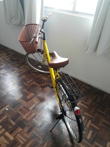 Bicicleta feminina retro gts aro 26 com cestinha semi nova
