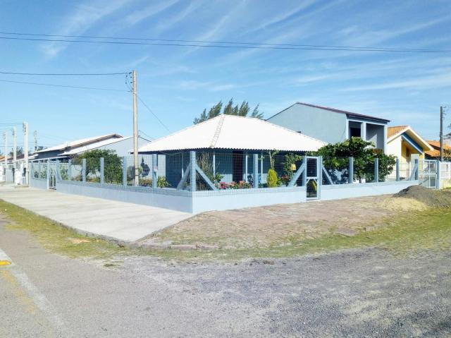 Casa 4 dormitórios ou + para venda em cidreira, centro, 5