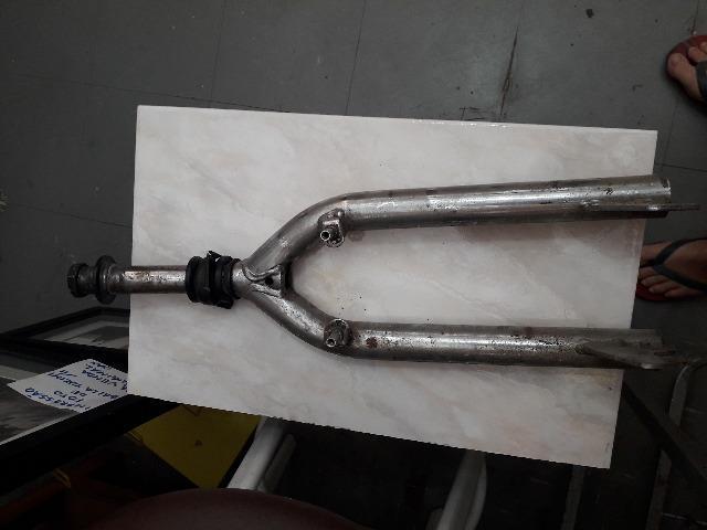 Garfo para bike - cromado aro 22 - usado