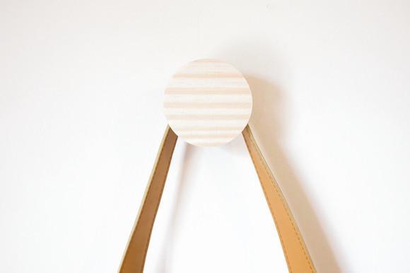 Cabideiro circular m 7cm: gancho geométrico madeira pinus