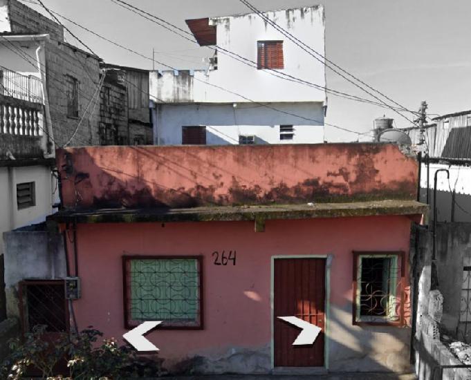Terreno com duas casas no morro da liberdade