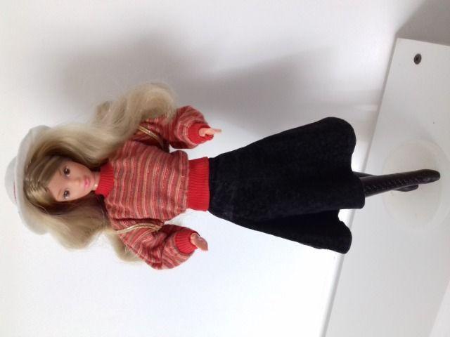 Boneca antiga barbie estrela amiga lia outono inverno 1991