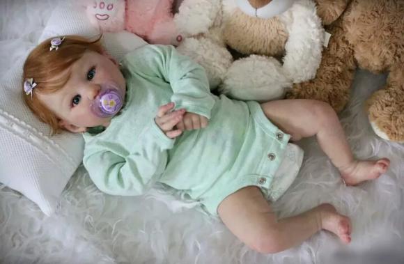 Bebê reborn kit kylin corpinho de tecido linda promoção