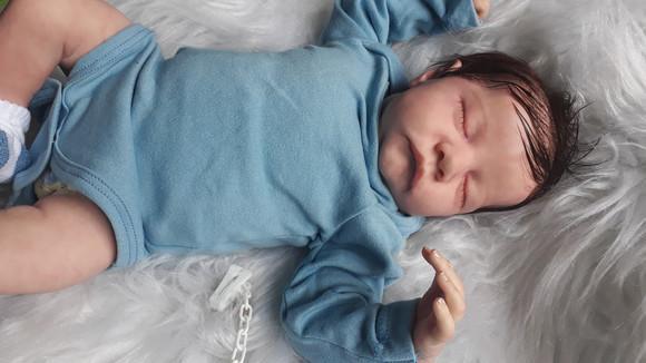 Bebê reborn levi (por encomenda)
