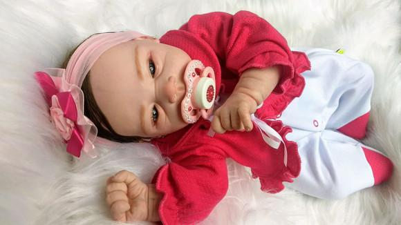 Bebê reborn linda com cabelinho implantado
