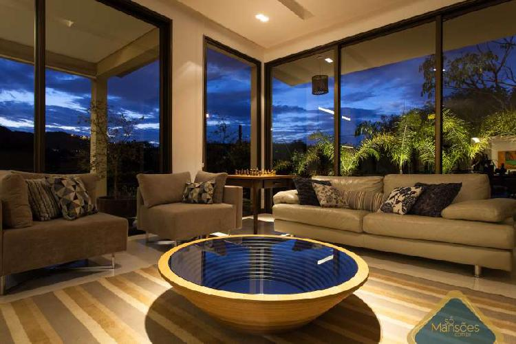 Bela casa aconchegante de 440m² para venda no vila alpina.
