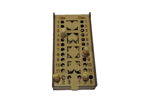 Kit C/ 100 Caixas de Baralho C/ Marcador de Truco em Mdf