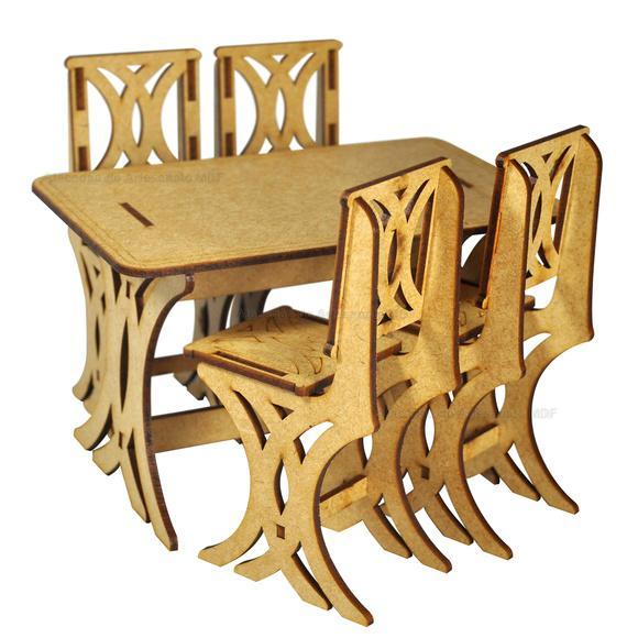 Mesa com 4 cadeiras para barbie mdf cru