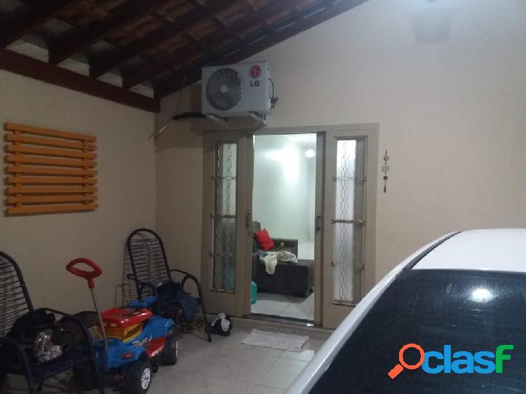 Casa com 2 dormitórios no Jd. Silvestre II 3