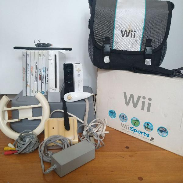 Nintendo wii com acessórios e jogos
