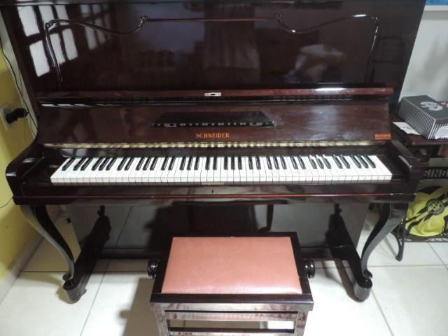 Piano schneider em ubatuba