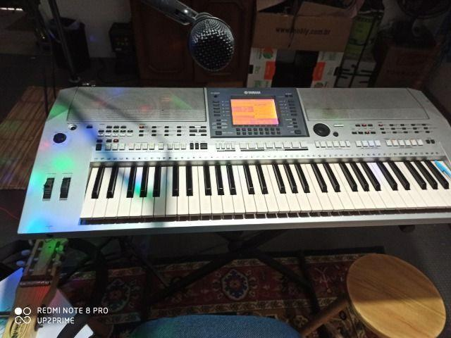 Yamaha psrs700 teclado