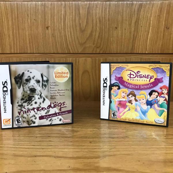 Kit jogos nintendo ds dogs e princesas