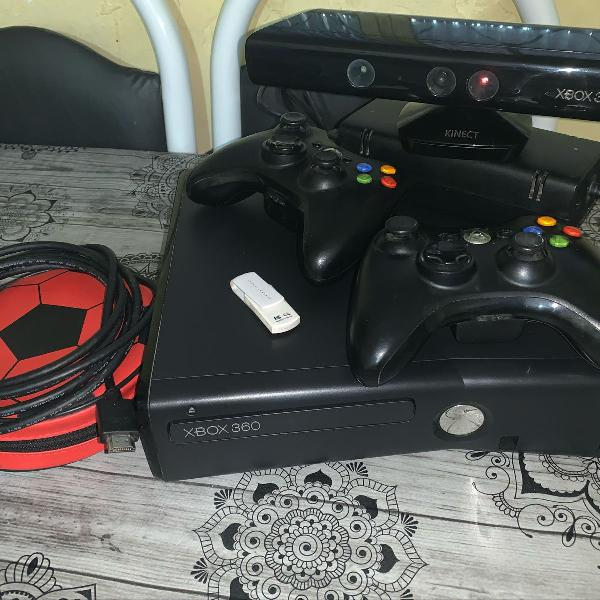 Xbox 360 slim completo/desbloqueado