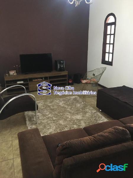 Casa 03 dorms (01 suíte) + edícula completa - 300m²