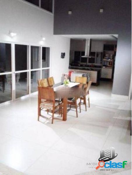Casa à venda no residencial santa helena, em caçapava sp