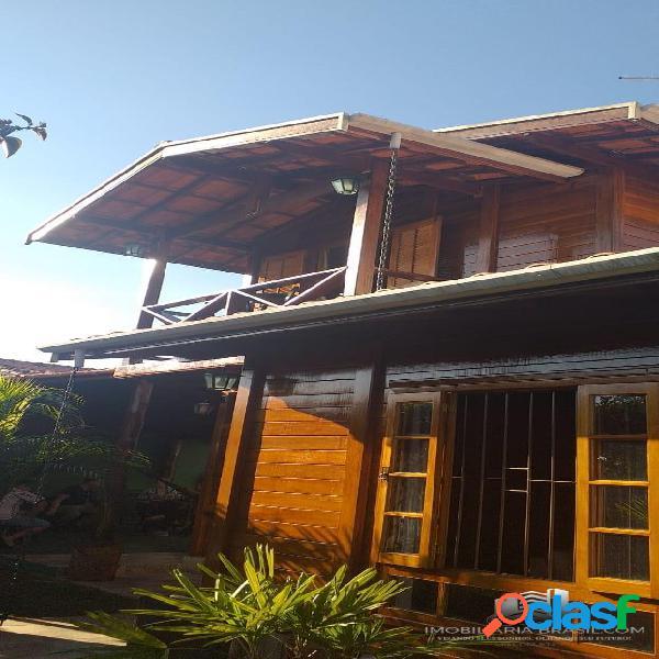 Linda casa à venda no bairro Piedade, em Caçapava SP