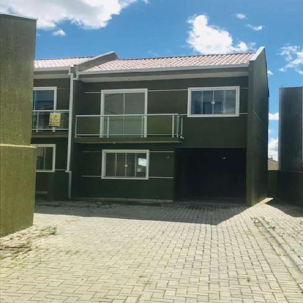 Casa de 71 metros quadrados no bairro santa terezinha com 3