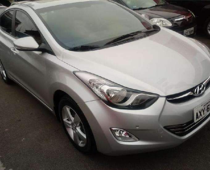 Hyundai elantra gls 2.0at 2014 prata impecavel