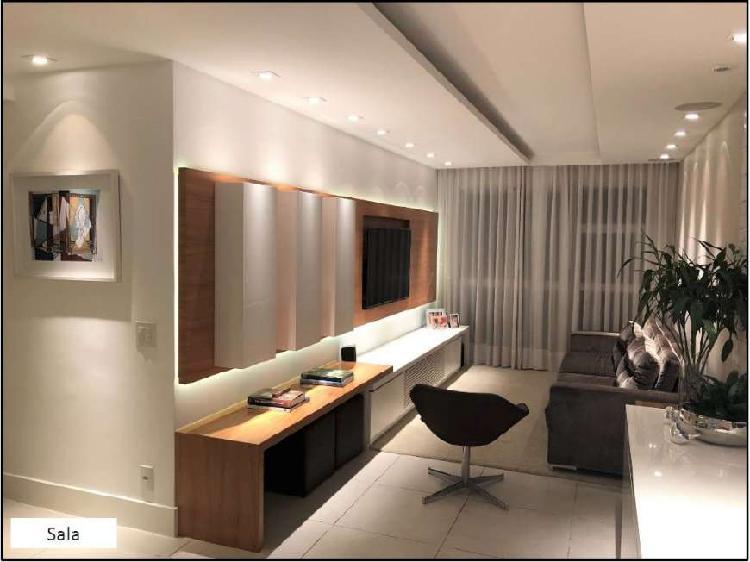 Moderno e decorado 3 quartos na zona sul com total