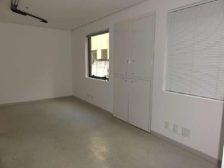 Sala/conjunto para venda tem 34 metros quadrados em bela